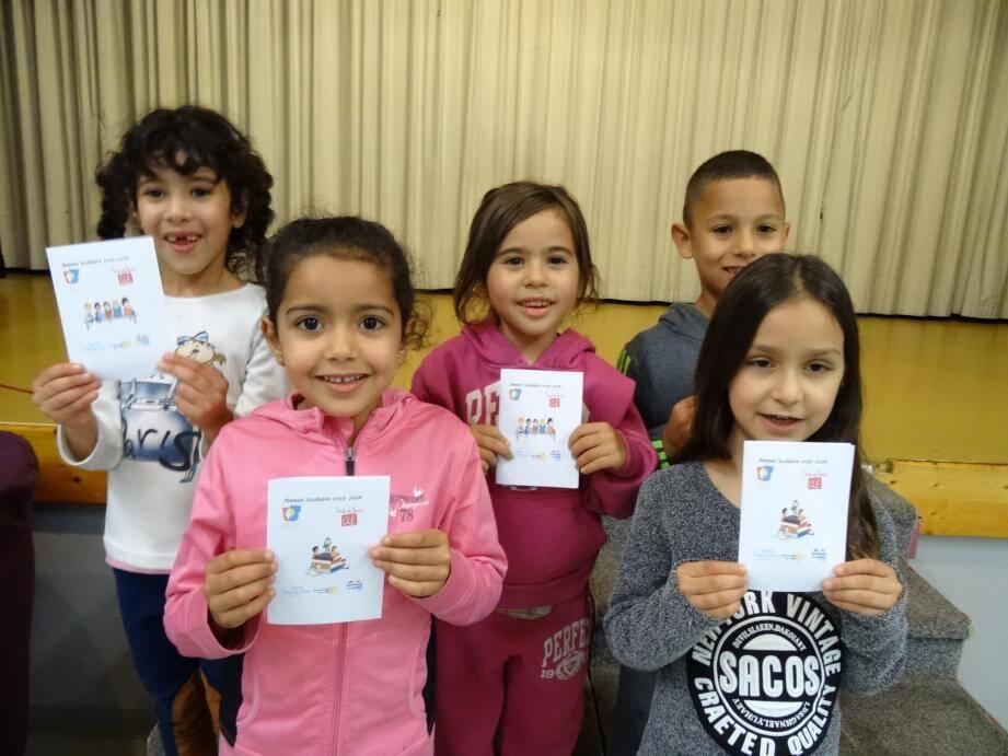 Chaque année l'opération conduit avec bonheur les enfants à la lecture.