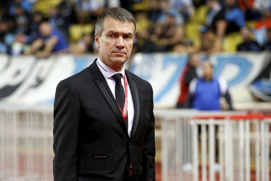 Arrivé sur le Rocher en début d'année, Oleg Petrov vit un apprentissage express de son rôle de dirigeant de club. Après un mercato intensif, le Russe doit maintenant porter la voix officielle du club, notamment sur la VAR.