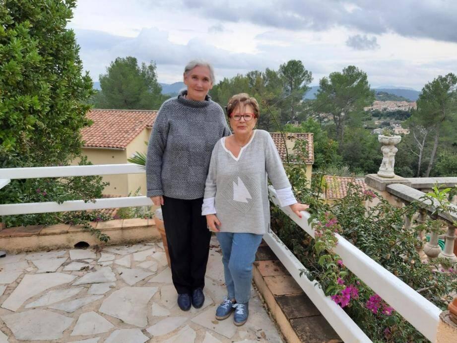 Helen Kirk et Françoise Macia travaillent de concert pour une organisation sans faille.