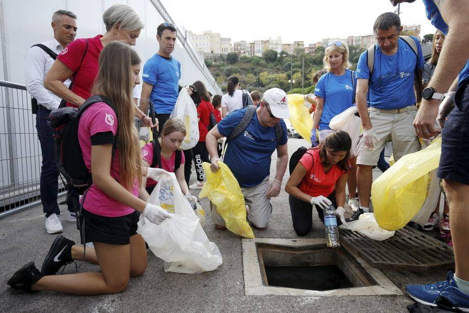 En septembre dernier, le prince Albert II avait montré l'exemple en prenant part à une randonnée de ramassage de déchets en Principauté. Une initiative qui sera reconduite pour cette Semaine européenne.