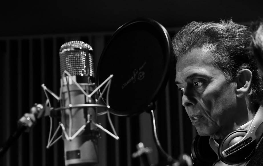 Jaïro, la star des années 70, revient avec un nouvel opus intitulé Jazziro.