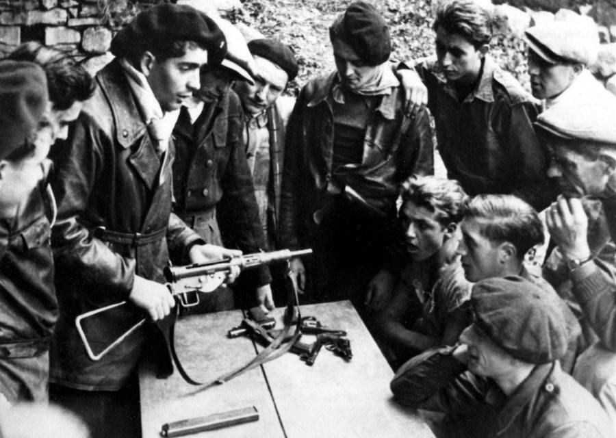 Résister ou collaborer, la Seconde Guerre mondiale a « offert  » aux Français et aux Européens, sous le joug nazi, le drame du choix cornélien. Ce thème dudit choix sera celui du 21e Festival du film sur la Résistance qui se tiendra en partie à Contes mardi 19 novembre.(DR)