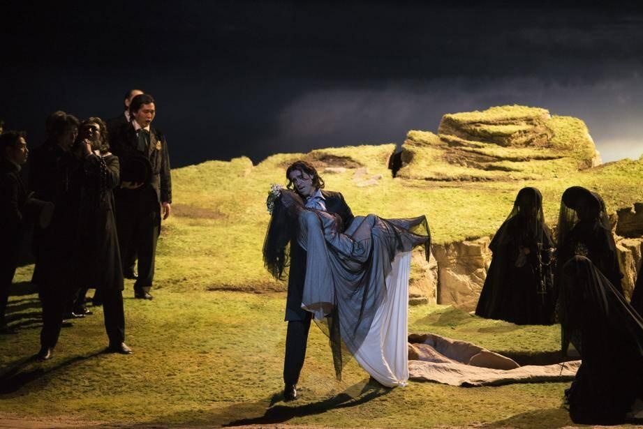 Le spectacle, mis en scène par Jean-Louis Grinda, a été donné à Tokyo en 2017.