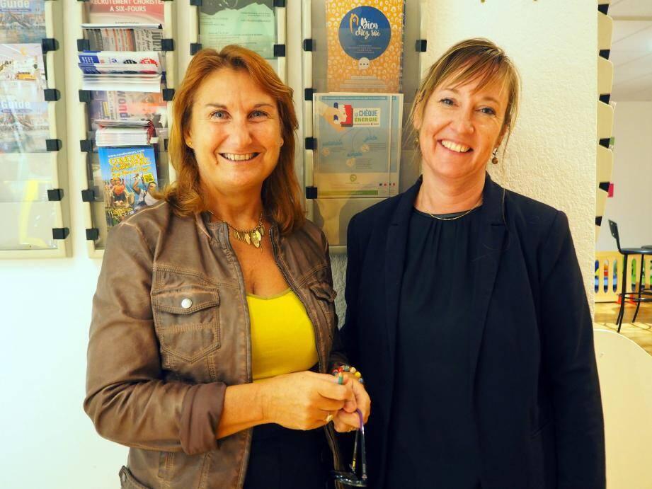 Katie Impériale et Sylvie Leberre, de l'Association vivre en famille (Avef), accueillent toujours le public avec le sourire.