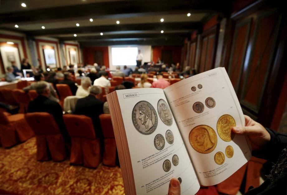 La vente de ce jeudi a eu un franc succès, ce qui confirme l'intérêt grandissant pour la numismatique