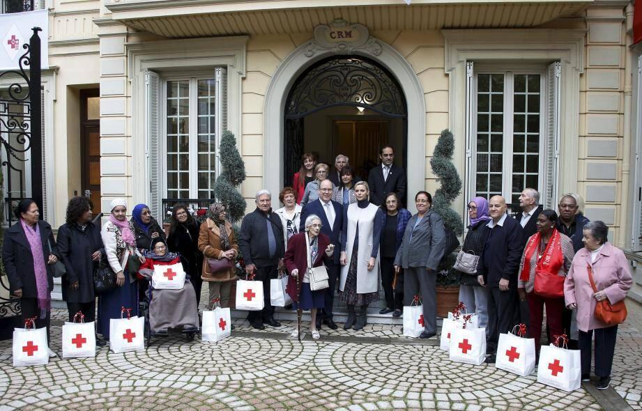 Au total, 535 colis de la Croix-Rouge monégasque auront été distribués aux seniors dans le besoin, à Monaco mais aussi dans les communes avoisinantes.