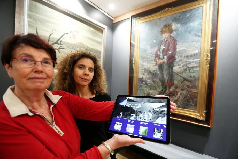 Michèle Guillermin-Mero, vice-présidente et fondatrice de l'association et Julie Mariotti, du service patrimoine de la ville dans la salle Malpasset remise à neuf.
