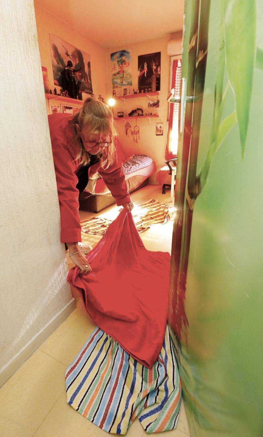 La galère continue pour Jacqueline Vavasseur dans son appartement du Carré Est.