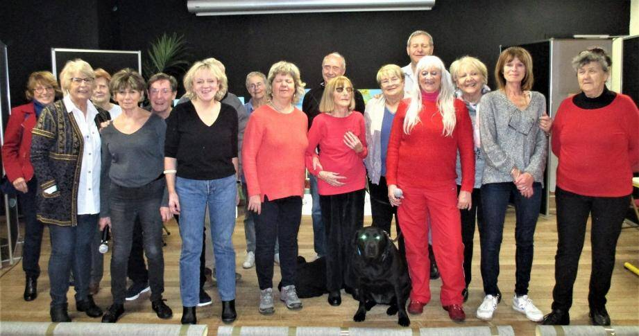 Le spectacle est l'aboutissement d'une année de travail pour les aveugles et bénévoles de la troupe.