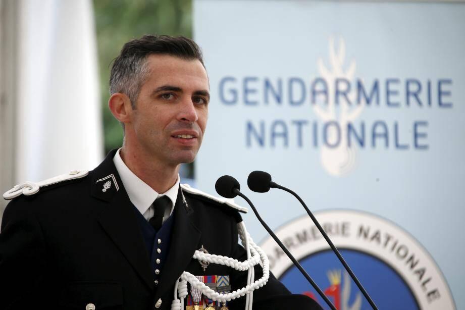 Membres des différentes brigades de la compagnie de gendarmerie de Menton, élus, représentants des autres forces de l'ordre, associations et citoyens ont participé à la cérémonie.