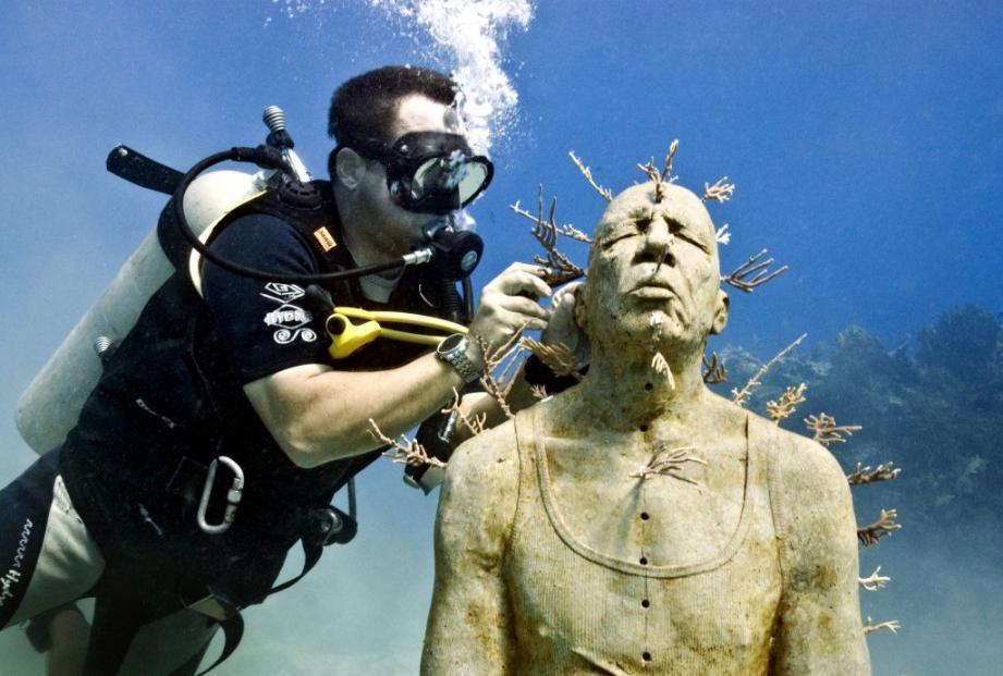 Le musée sous-marin projeté par la Ville de Cannes et concrétisé par le sculpteur Jason DeCaires Taylor verra le jour en 2020.