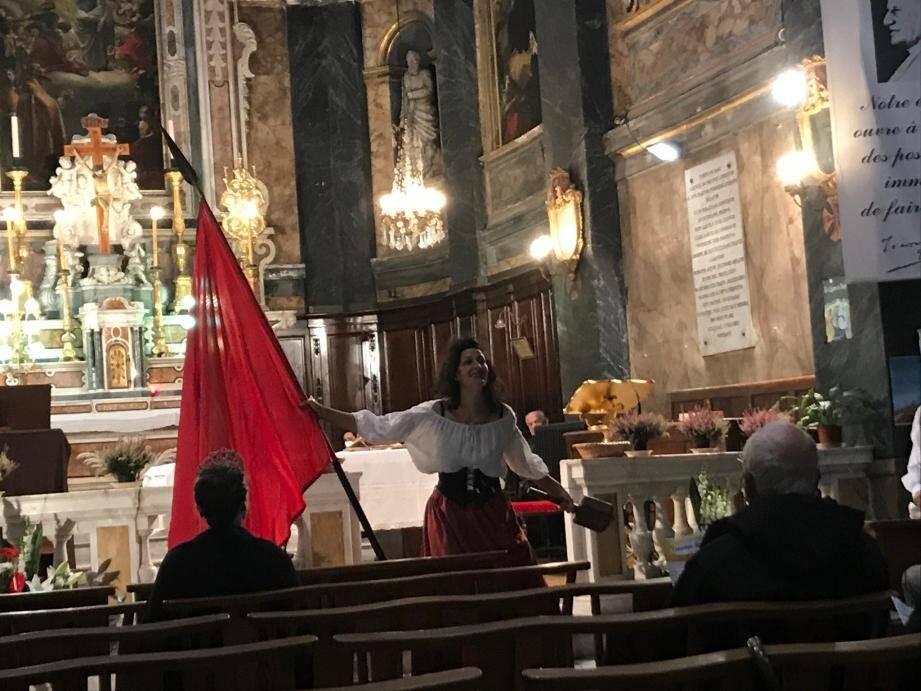 La compagnie Hidraïssa a interprété une saynète avant la messe.