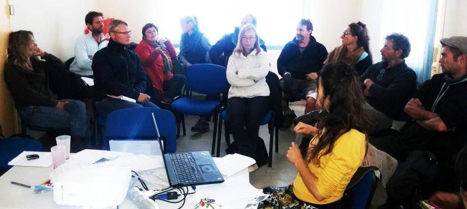 Les participants à la réunion.(DR)