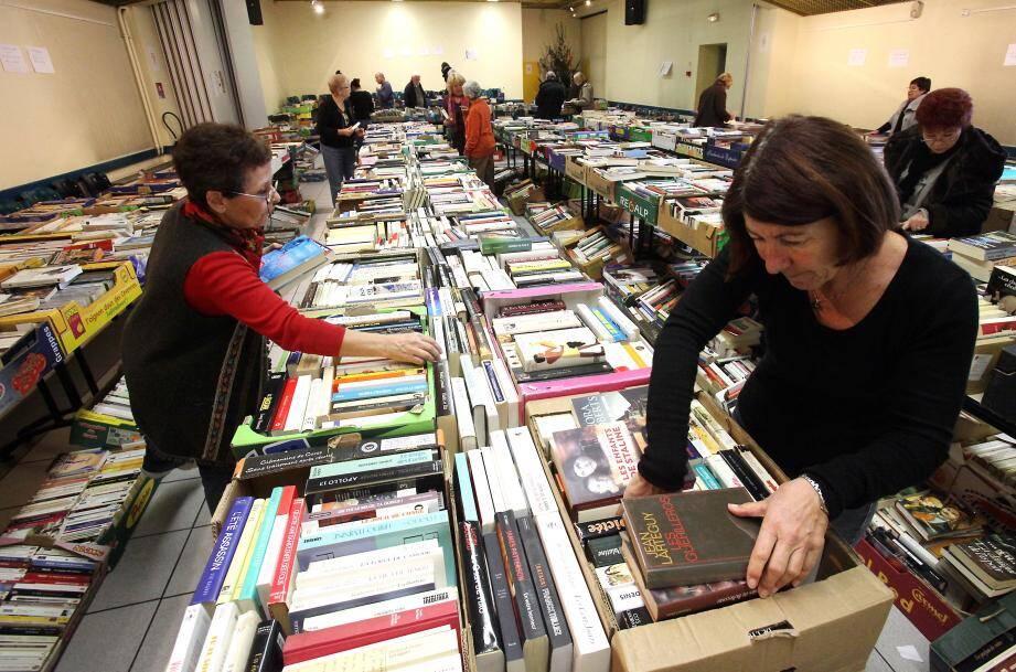 La grande foire aux livres d'occasion revient ce jeudi à Antibes.