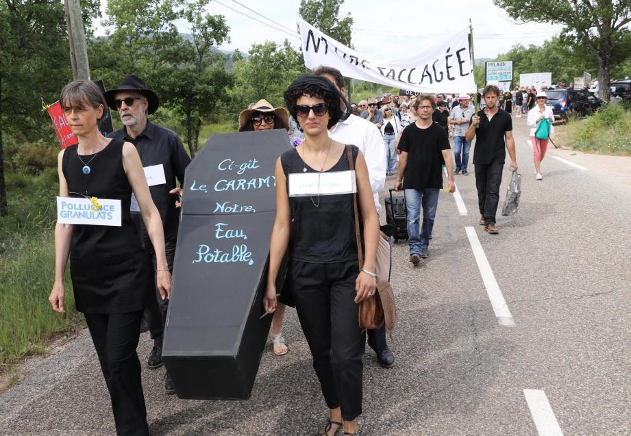 Dernière action marquante du collectif anti-carrière, une marche funèbre en juin dernier.