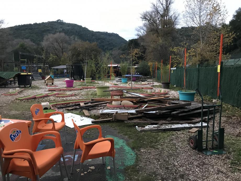 Le parc a subi quelques dégâts mais les animaux sont en vie.