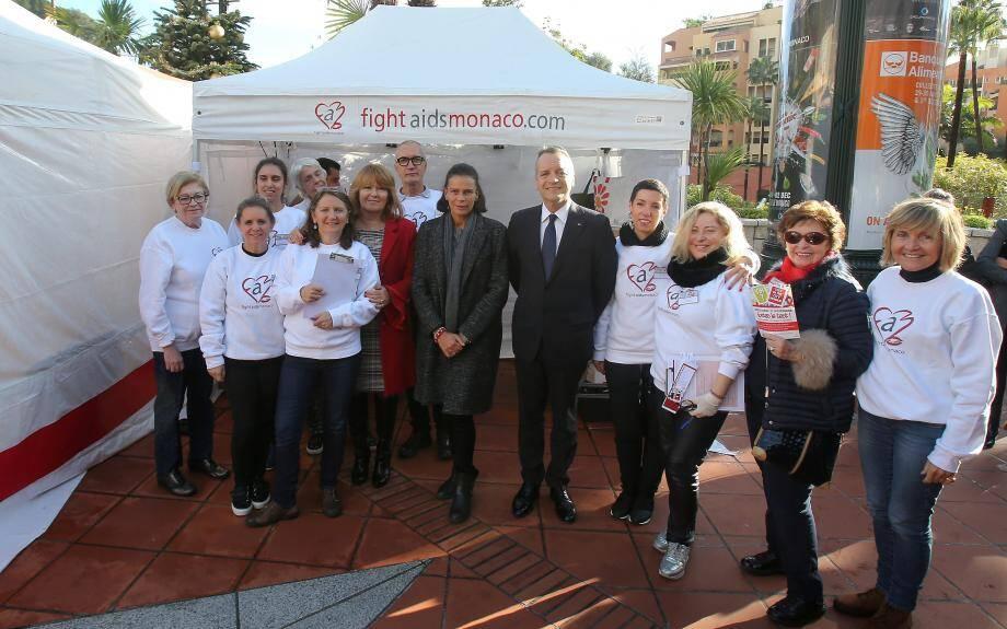 En qualité de présidente de Fight Aids Monaco, la princesse Stéphanie est venue hier encourager les bénévoles de l'association.