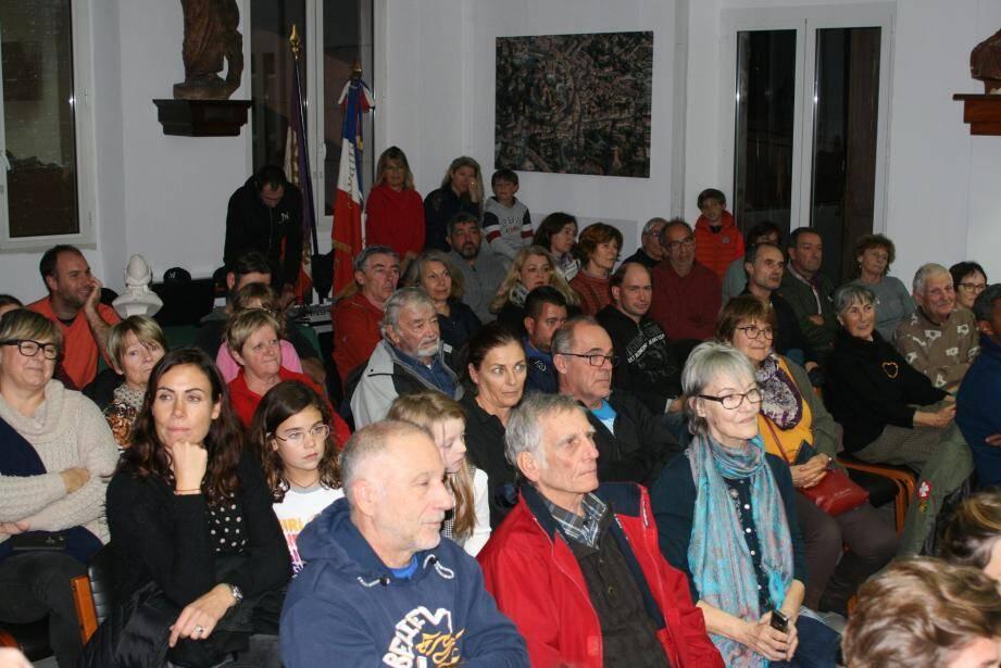 Le service culturel municipal était ravi du nombre de spectateurs.
