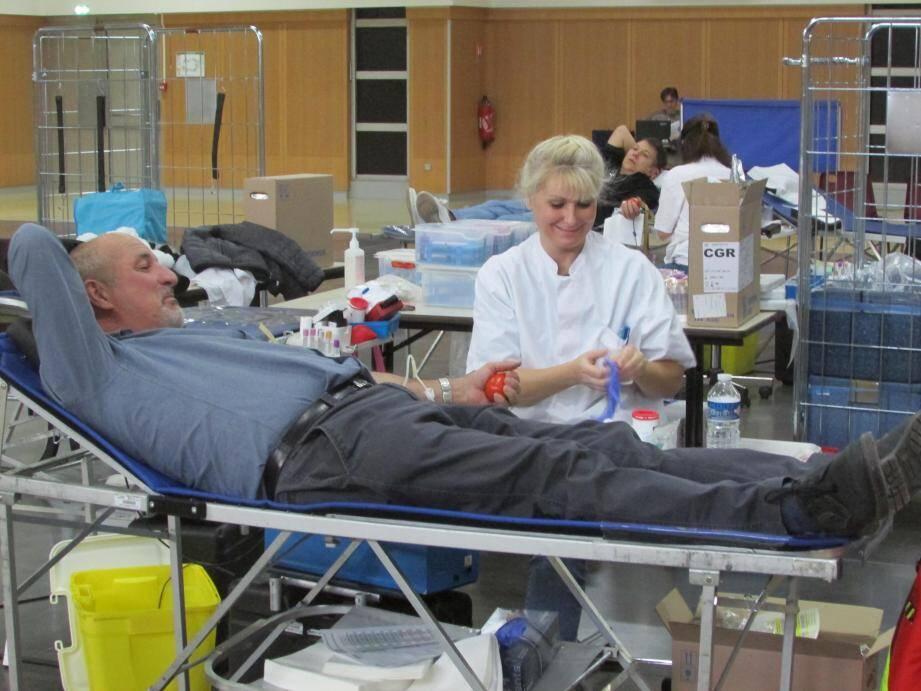 En 2020, c'est à l'Hôtel de ville que l'Etablissement français du sang recevra Jean-Luc et les autres donneurs afin d'effectuer ce geste altruiste.