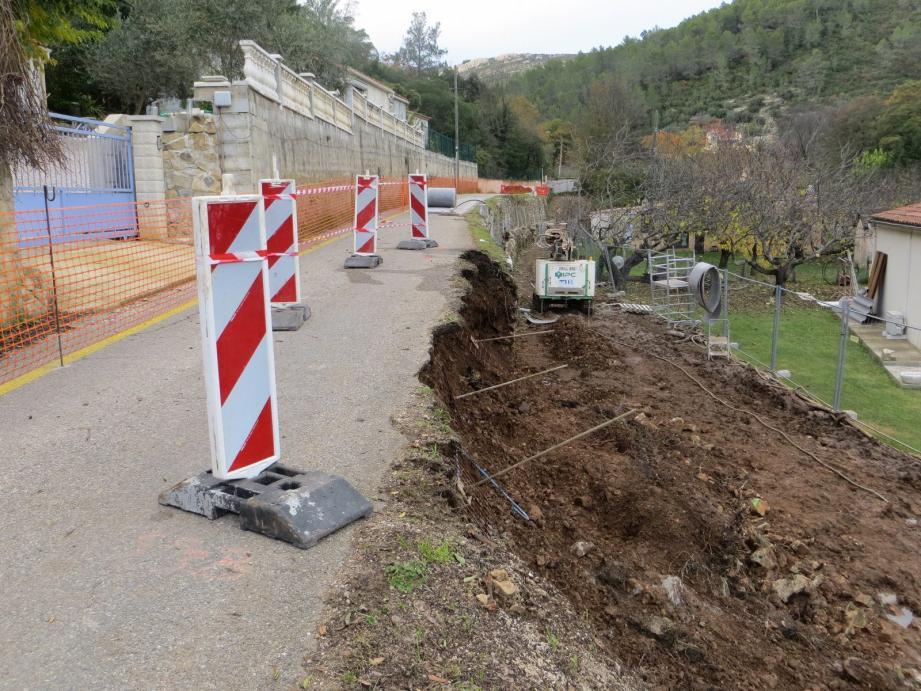 Un éboulement sans gravité interdit désormais l'accès au chemin de Ferrantu par l'Escride.