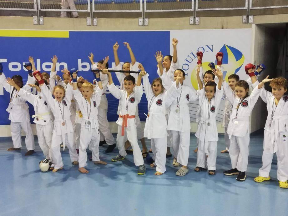 Les jeunes Solliès-Pontois récompensés à Toulon dernièrement.