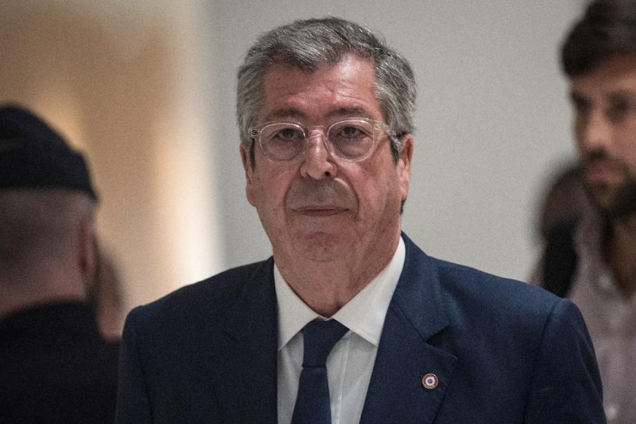 Patrick Balkany quitte le palais de justice de Paris le 13 mai 2019 après le premier jour de son procès.