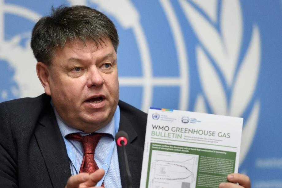 Le secrétaire général de l'Organisation météorologique mondiale (OMM), Petteri Taalas, lors de la publication du bulletin annuel sur les concentrations de gaz à effet de serre (GES, le 25 novembre 2019 à Genève