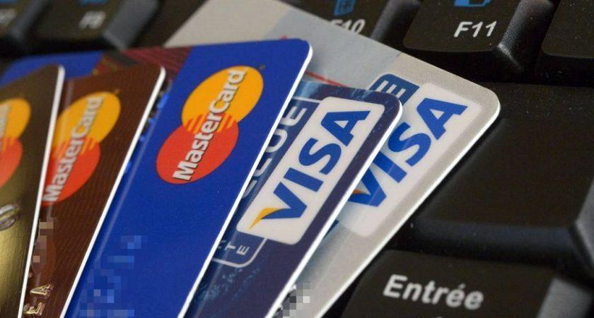 L'homme enregistrait les données des cartes bancaires pour les reproduire sur des cartes vierges.