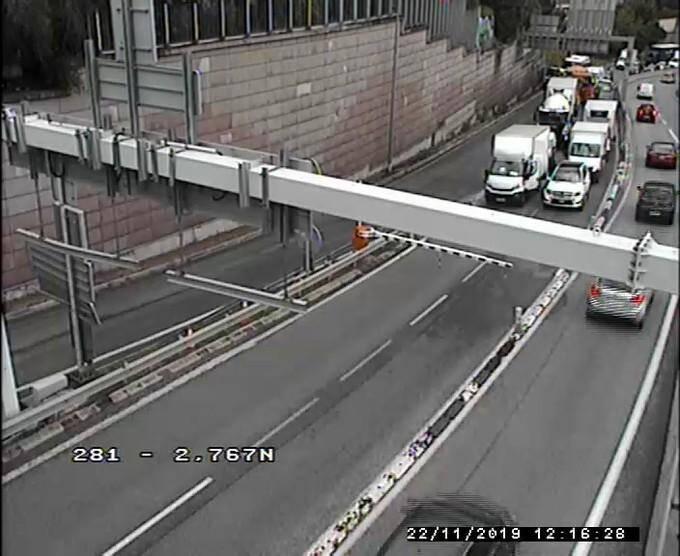Un accident a eu lieu à la sortie du tunnel de Monaco.