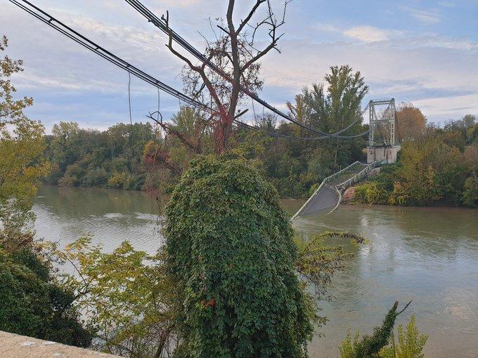 Le pont qui relie Mirepoix-sur-Tarn à Bessières s'est effondré ce lundi, provoquant la mort de deux personnes.