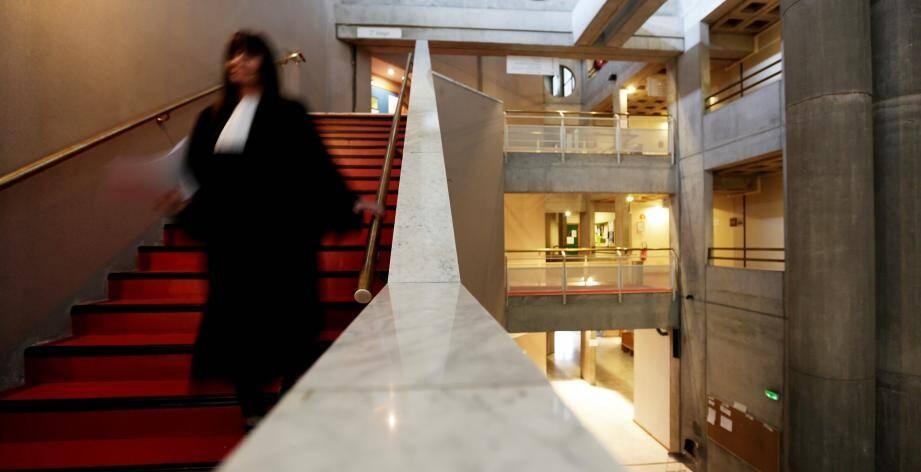 La dernière session d'assises de l'année durera trois semaines au palais de justice de Draguignan. (Photo Dylan Meiffret) DRAGUIGNAN, le 05/02/2018, photos du tribunal de Draguignan, pour illustrations papiers justice.