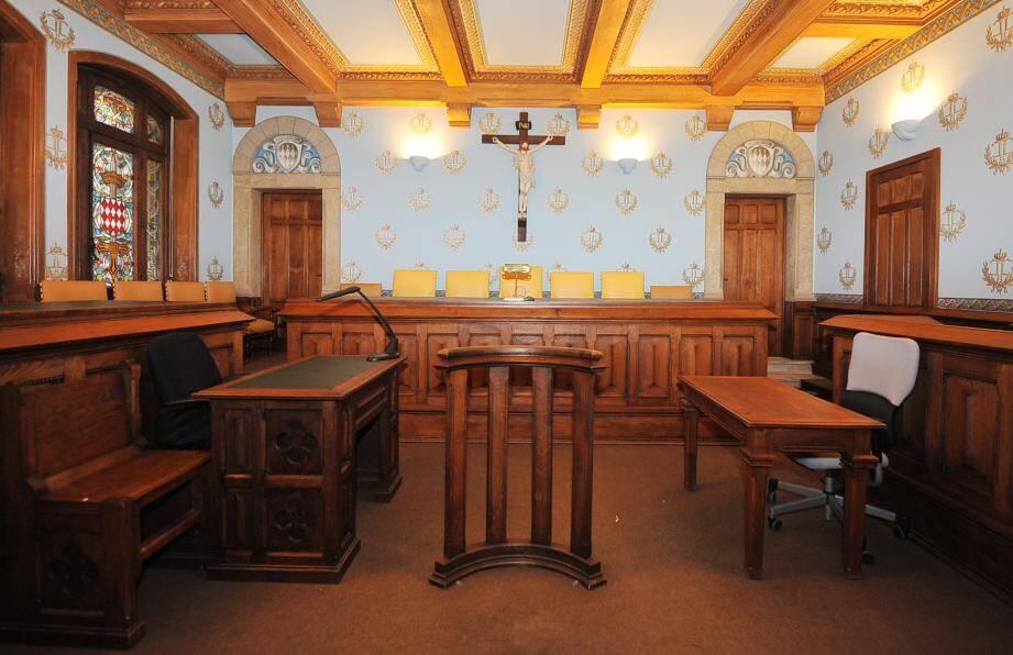 Salle d'audience du palais de justice de Monaco