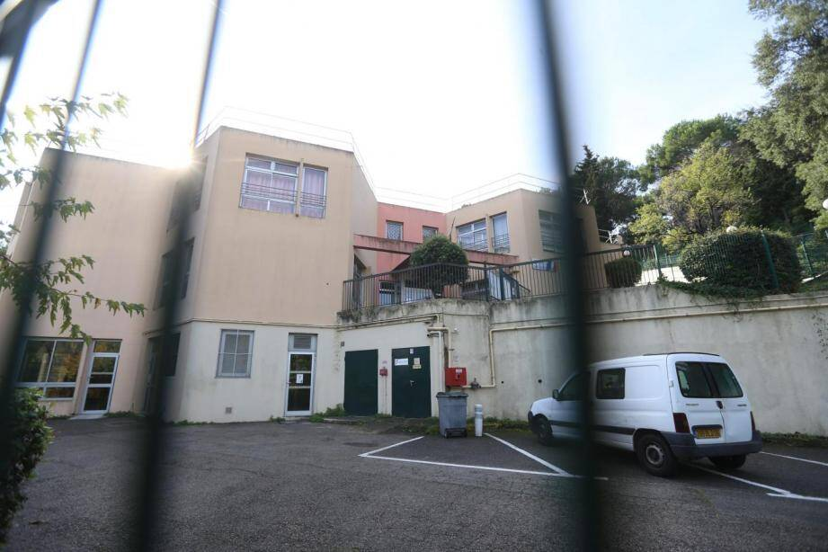 L'école Saint-Claude d'Antibes reste fermée ce mardi et rouvrira entièrement jeudi