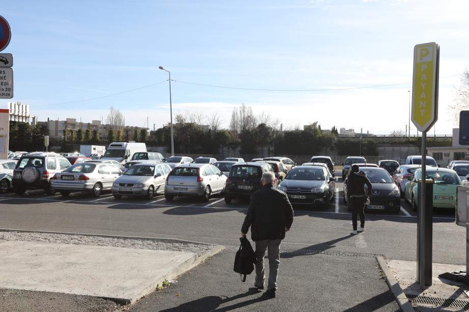 Parking de la Villette à Cagnes-sur-Mer.