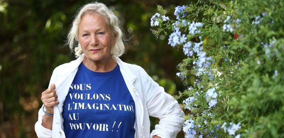 Agnès Troublé, créatrice de mode française, de cosmétiques et d'accessoires Agnès b.