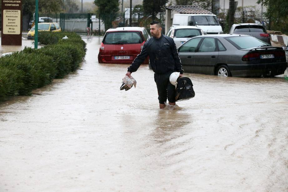 Illustration inondations, ici au Muy (24/11/19).