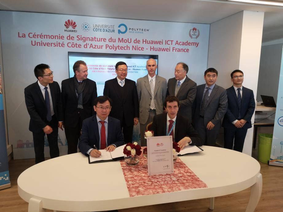 Une certification professionnelle Huawei est désormais possible pour les ingénieurs de Polytech.