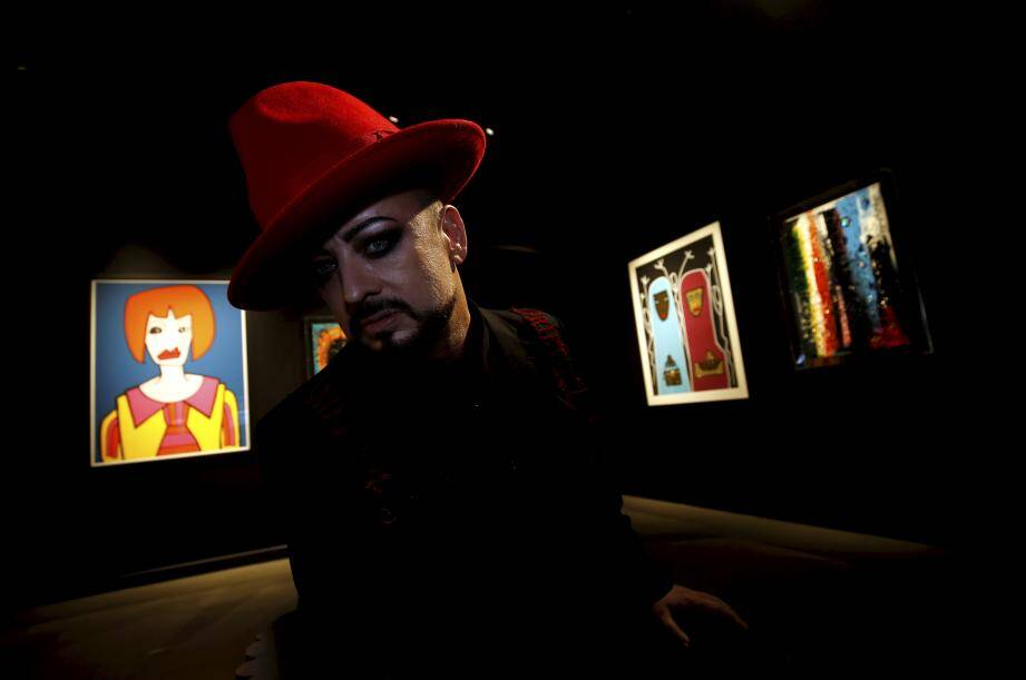 Boy George expose pour la première fois à la galerie GM design à Monaco