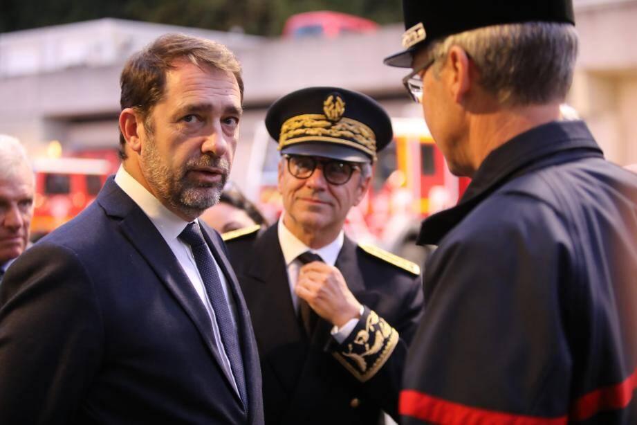 Christophe Castaner, Ministre de l'Intérieur est en visite à la caserne des pompiers de Cagnes sur Mer, suite aux inondations des Alpes-Maritimes.