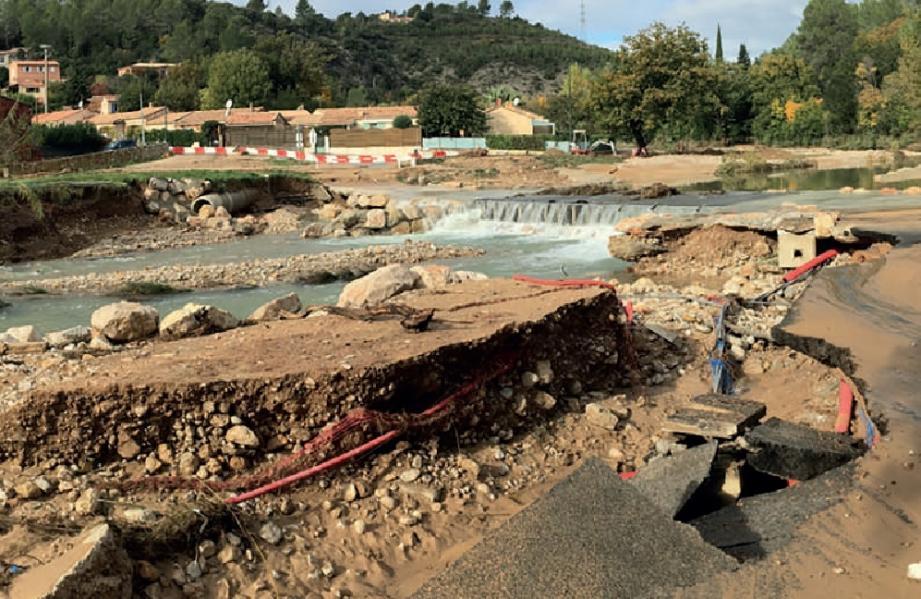 Comme nombre de lieux de passage de l'eau dans tout le bassin de l'Argens, le gué du Moulin, à Taradeau, a été fortement endommagé.