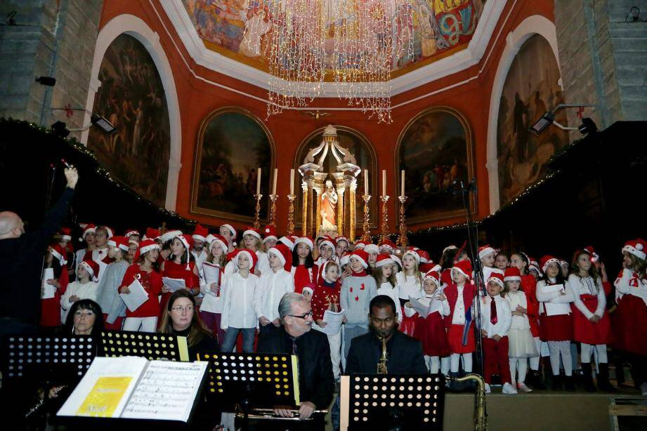 L'école de musique prépare son concert du 20 décembre. (photo R.L.)