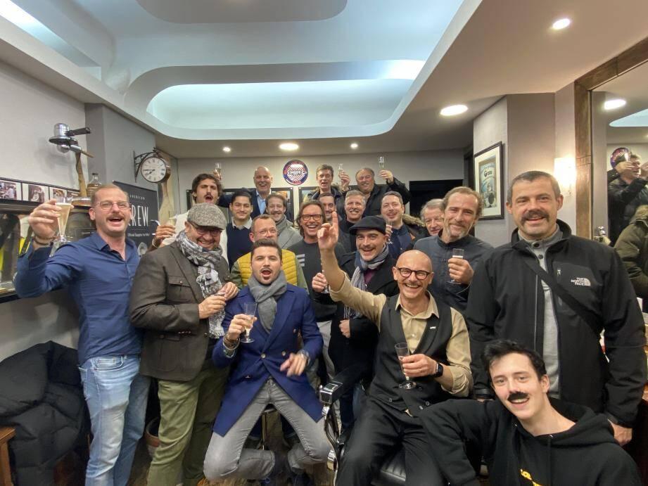La soirée des moustachus s'est déroulée samedi 30 novembre au salon Barb'Hair Shop pour célébrer la fin  du Movember.