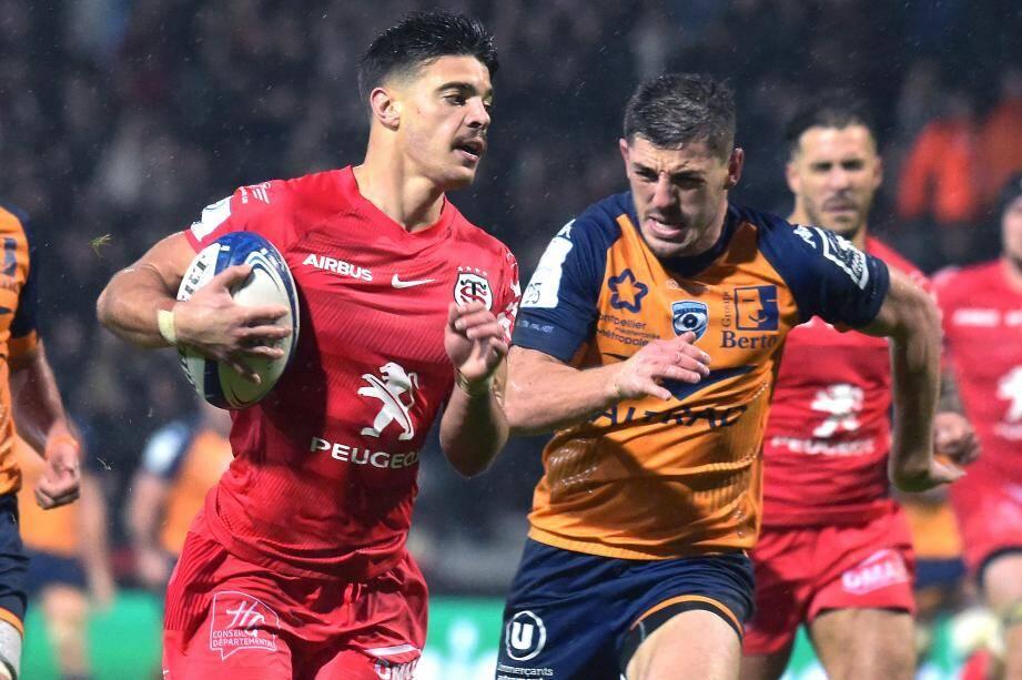 Grâce notamment à un doublé de Romain Ntamack, Toulouse a battu Montpellier (23-9) hier pour creuser l'écart en tête de la poule 5.