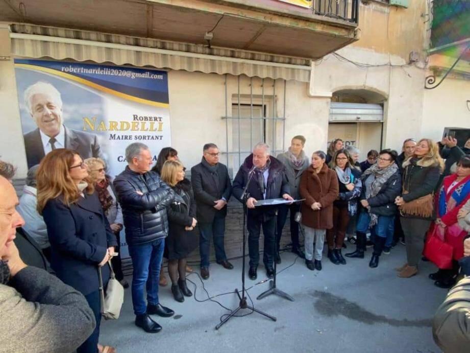 La permanence de campagne du maire sortant Robert Nardelli a été inaugurée samedi devant plus de trois cents personnes. (DR)