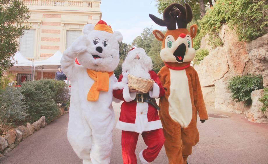 Le Château des Terrasses, pendant le mois de décembre, devient un avant-poste du Père Noël. À vos agendas !
