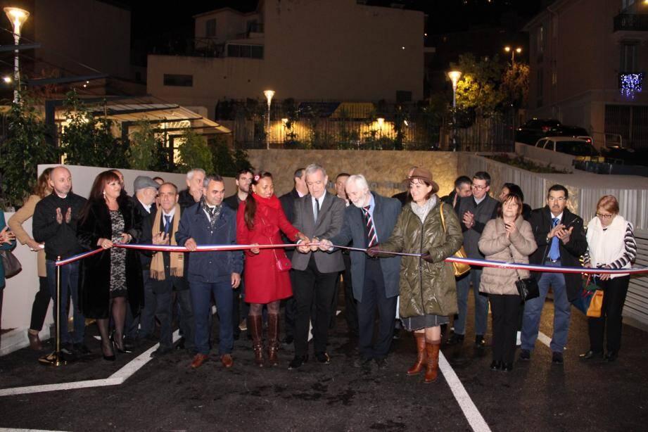 Le parking de 166 places a été inauguré par le maire.