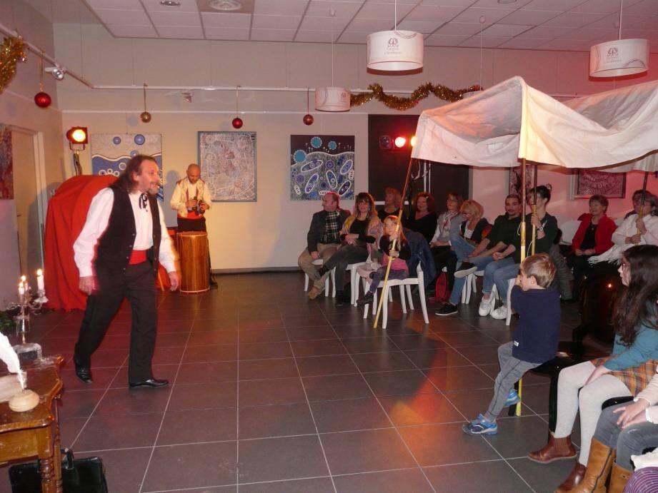 Le spectacle interactif «Les contes de mon moulin» (ci-contre) a été proposé samedi.