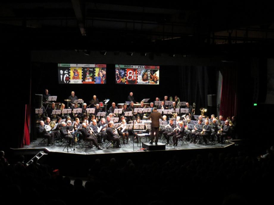 Le théâtre Galli affichait complet pour ce grand concert de Noël.