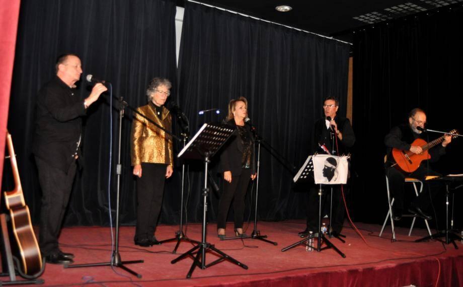 Le quintet de chanteurs corses a suscité bonheur et poésie.