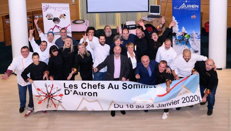 Présentation, lundi 9 décembre, au lycée Paul-Augier de Nice, des Chefs au sommet version 2020, en présence, notamment, du parrain et de la marraine, David et Noëlle Faure, ainsi que de la maire, Colette Fabron, et de l'élu en charge de l'événement, Michel Guillot.(DR)